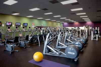 Fitness center for sale in Barcelona, in a residential area 10 minutes from the sea